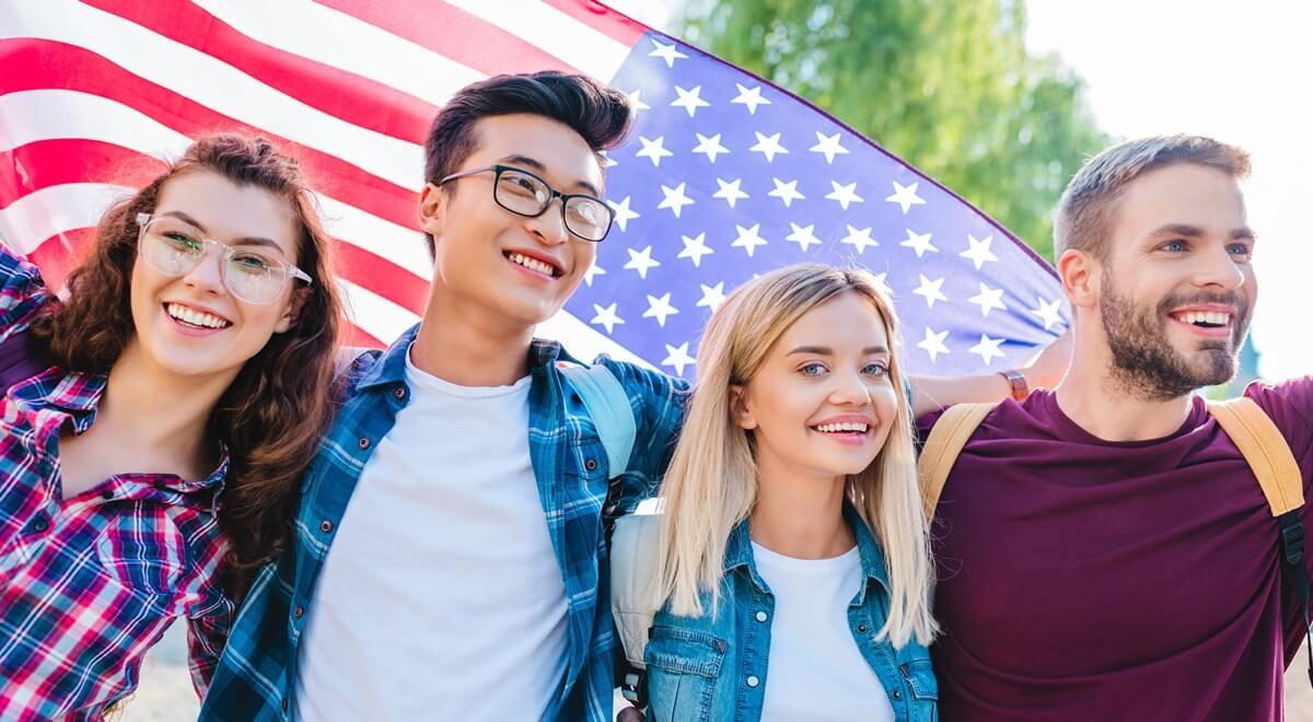 s'inscrire aux universités aux États-Unis.